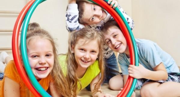 Pohyb iba na telesnej výchove deťom nestačí