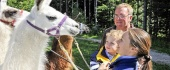 Zážitky v Rakúsku: túra s lamami, nocovanie na strome
